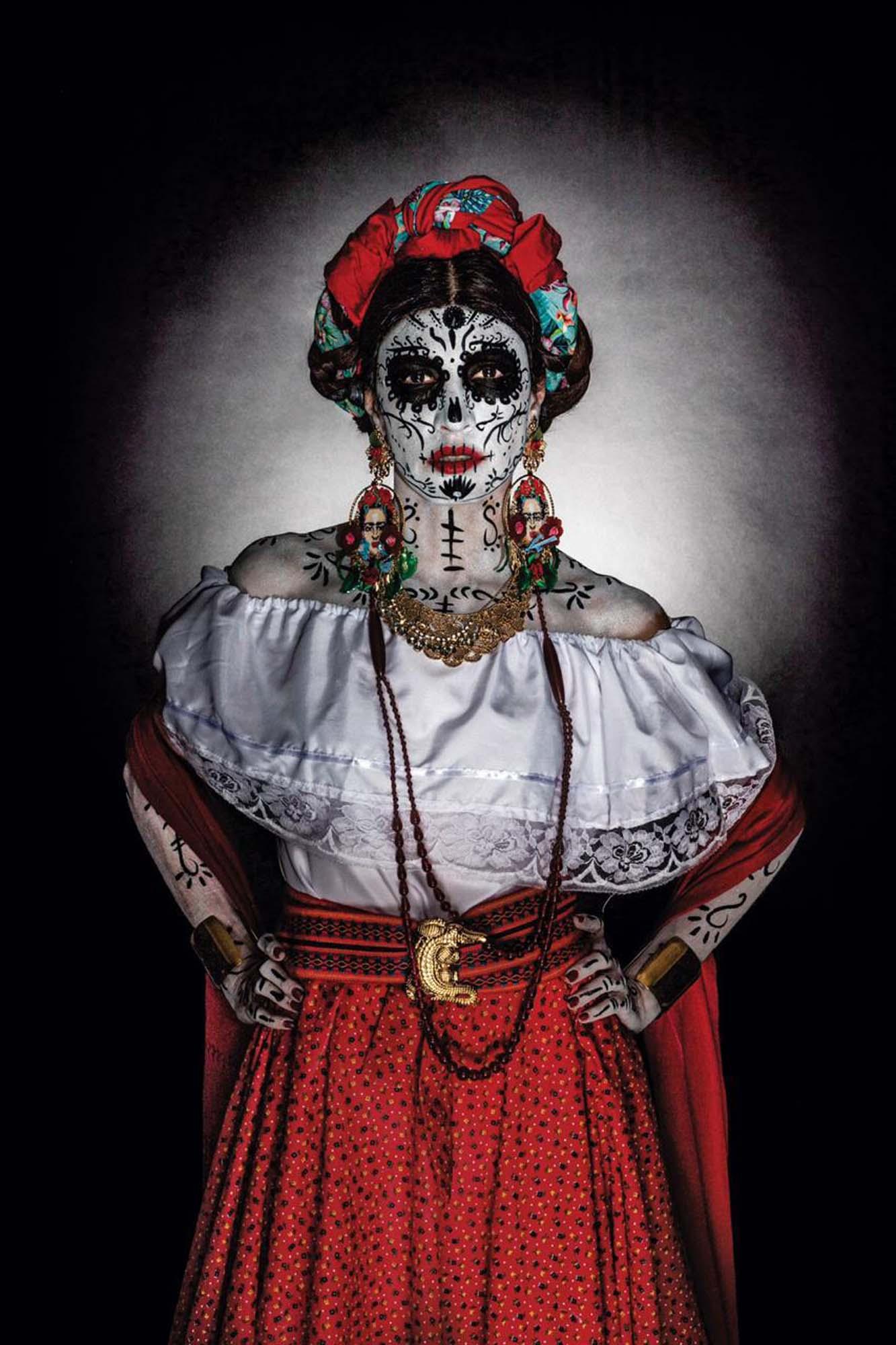 Danie Gomez Ortigoza by Jonathan Klip_ Entre Catrinas